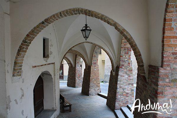 portici palazzo comunale Cocconato